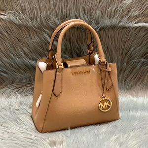 MICHAEL KORS KIMBERLY SATCHEL